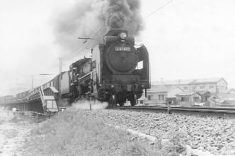 城東貨物線放出・第二寝屋川橋梁付近を走るD51452蒸気機関車